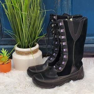 Ahnu Teva suede snow boots